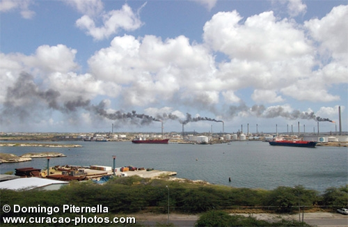 Oil refinery Isla